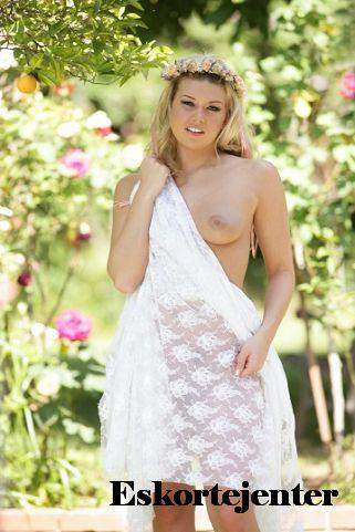 Jenter Skogrand